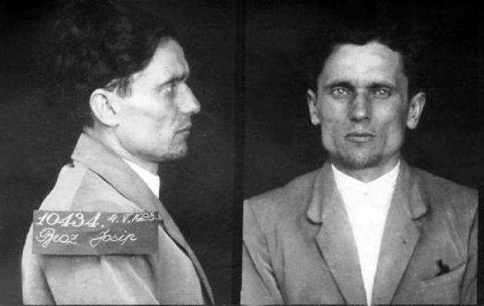 Na današnji dan - Page 15 Josip_Broz_Tito_in_prison_1928-696x441