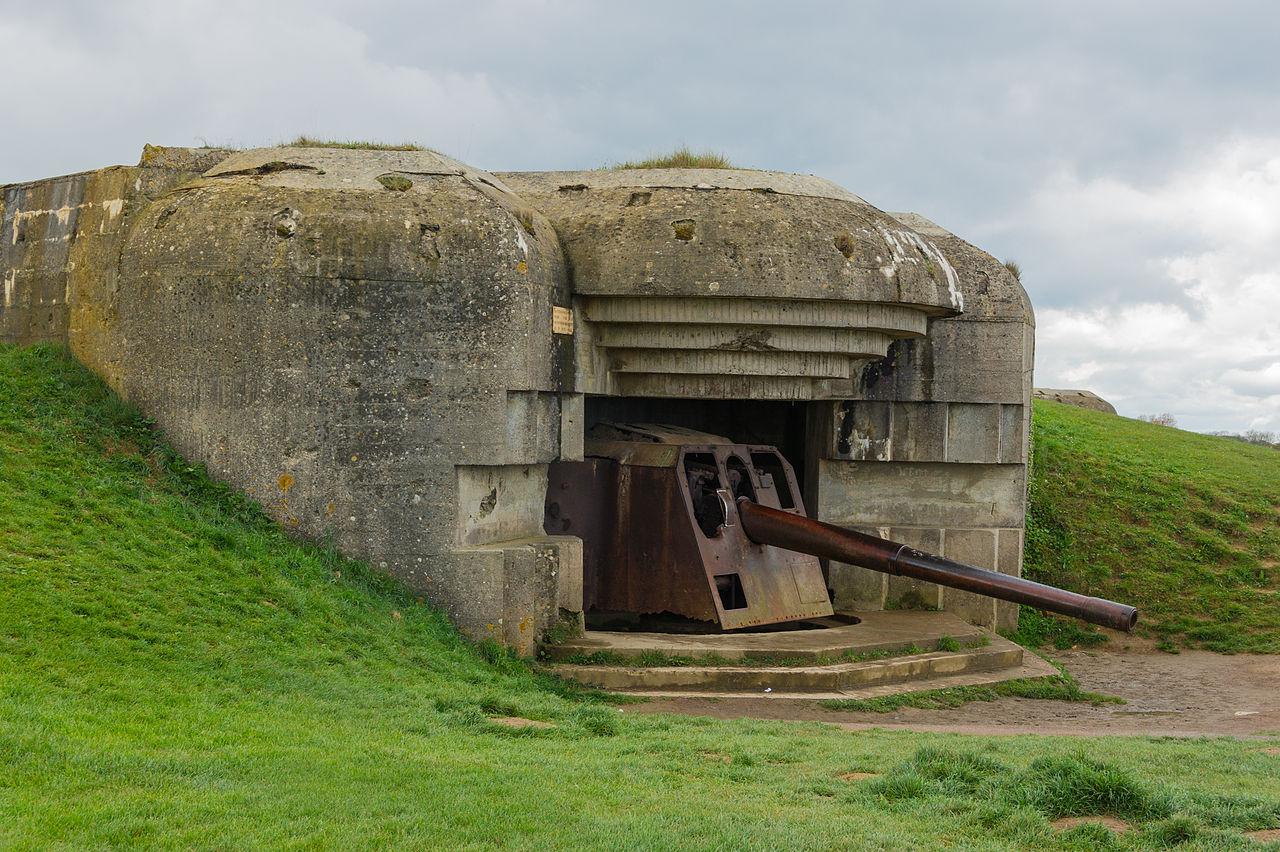 batterie_longues-sur-mer_bunker_gun_2